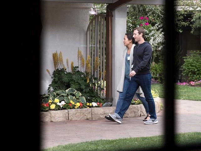 Muốn làm CEO ở Silicon Valley, bạn phải biết chơi sneakers cái đã - Ảnh 1.