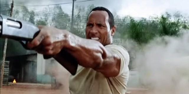 """Dù khởi đầu thuận lợi là vậy, nhưng phải chờ tới """"The Rundown"""" (Rượt đuổi, 2003), công chúng mới thực sự nhìn nhận Dwayne như một người hùng hành động trên màn bạc. Lúc này, tờ tạp chí uy tín Rolling Stone đã nhận định rằng: """"The Rock có một sự thính nhạy đối với dòng phim hành động. Anh ta chắc chắn sẽ trở thành một ngôi sao điện ảnh thực thụ""""."""