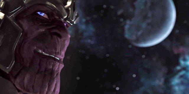 """Thanos: """"Các chú cứ xếp hàng chờ nhé, từ từ rồi sẽ có phần"""""""