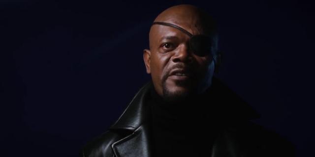 """Nick Furry: """"Ngài Stark! Tôi muốn đến để nói chuyện về dự án Avengers!"""""""