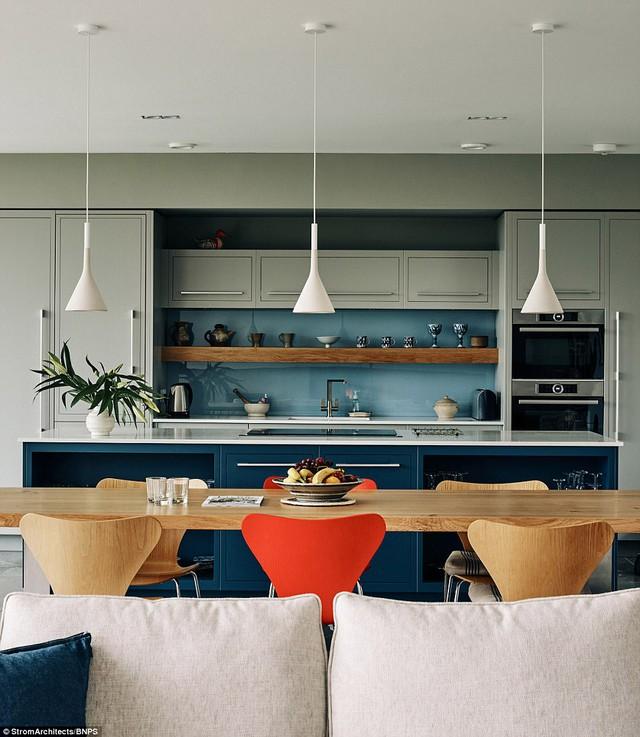 Gam màu sáng được lấy làm chủ đạo cho toàn bộ nội thất