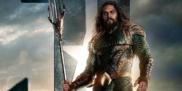 Aquaman là vị Vua oai nghiêm của 7 đại dương.