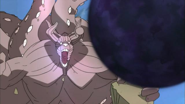 Lúc hợp sức với Itachi và Naruto để phá vỡ Chibaku Tensei, Bát Vĩ lại dùng bom vĩ thú.