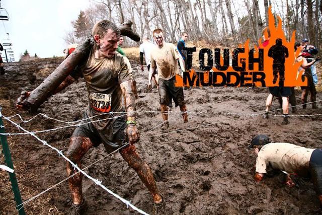Mudder Tough - cuộc thi chạy đường trường, vượt chướng ngại vật theo phong cách quân đội. Đến cả những người lành lặn còn gục ngã, quyết định tham gia của một người khuyết tật như Derek khiến ai cũng hoài nghi