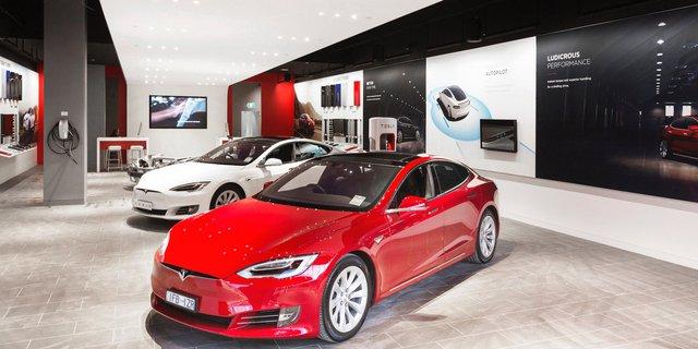 Showroom xe ô tô của Tesla.