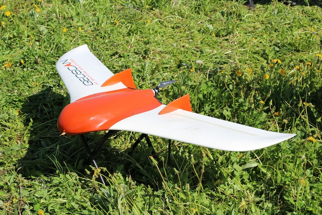 Hình dáng của UAV thì đa dạng, nhưng nhìn chung có 2 loại: Loại giống máy bay mô hình ...