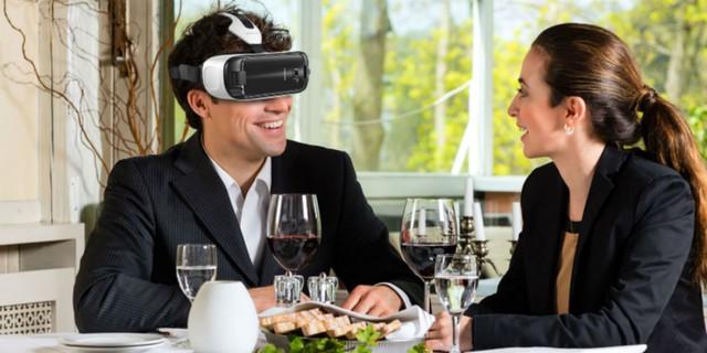Liệu những buổi hẹn hò thông qua thực tế ảo có thú vị như chúng ta nghĩ?