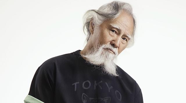 Ông Vương Đức Thuận, là diễn viên kiêm người mẫu chuyên nghiệp dù đã ngoài 80 tuổi
