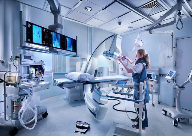 Bệnh viện ngày càng trang bị nhiều máy móc thông minh