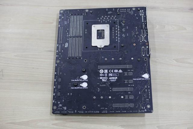 Đập hộp bộ đôi Z390 Gaming Plus và Gaming Pro Carbon của MSI: Vẫn khủng nhưng giá cực mềm, rất đáng mua - Ảnh 26.