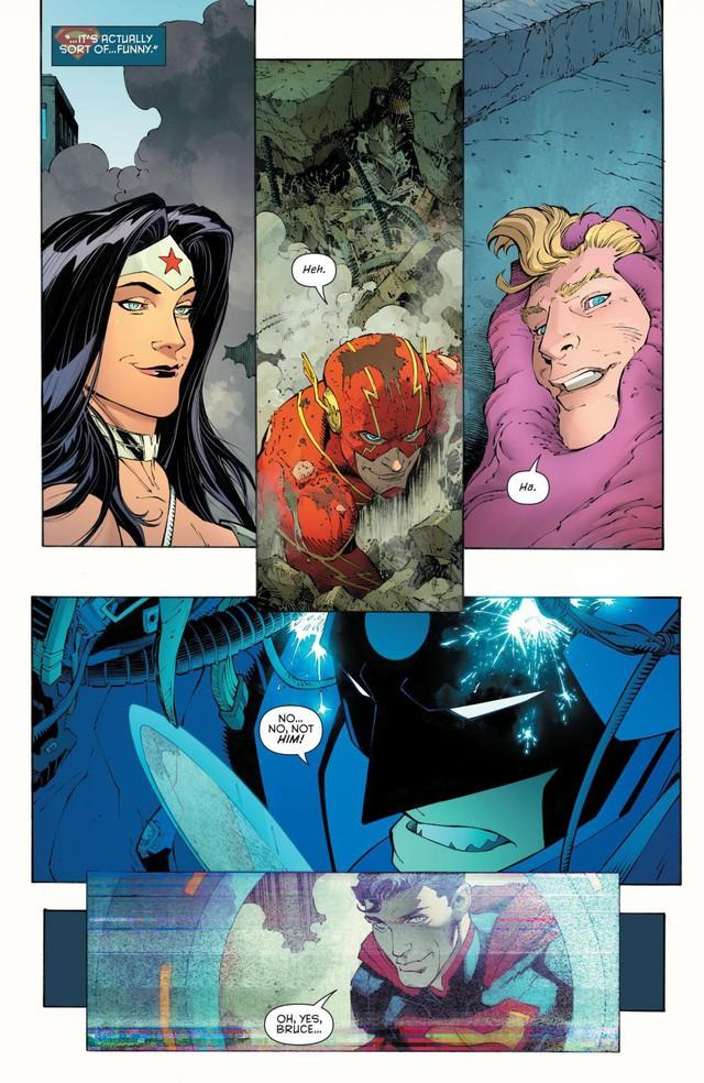 5 chiến giáp siêu khủng Batman từng sở hữu: Bộ thứ 3 đã hạ gục những siêu anh hùng mạnh nhất thế giới như Aquaman và Superman - Ảnh 6.