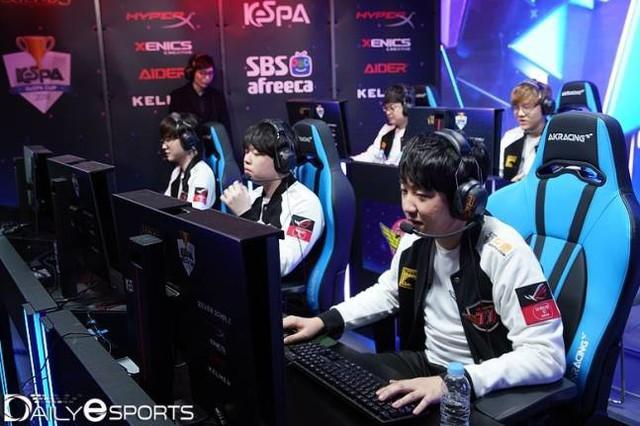 Những kịch bản nào sẽ chờ đợi Dream Team SKT T1 trong một mùa giải mới đầy giông bão? - Ảnh 4.