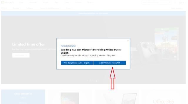 Truy cập vào cửa hàng trực tuyến của Microsoft tại đây. Lưu ý chọn khu vực Việt Nam để nhận được các mức giá ưu đãi.