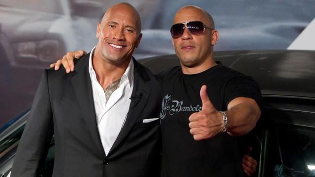 Dwayne Johnson và Vin Diesel đang bị cho là có mâu thuẫn không hề nhỏ với nhau.