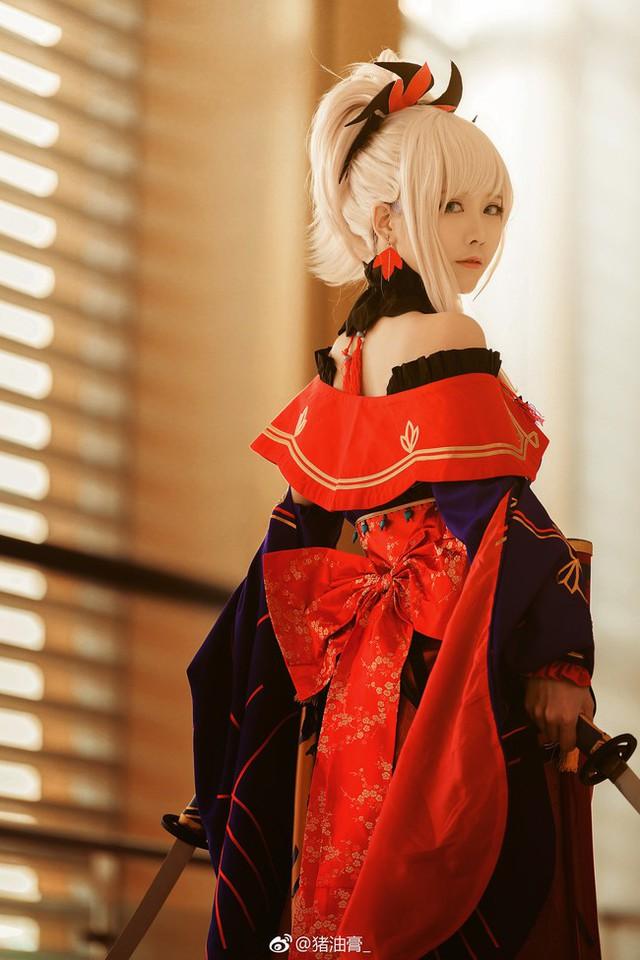 Ngất ngây với cosplay nàng Saber trong game hot Fate/Grand Order - Ảnh 14.
