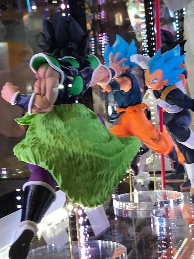 Hé lộ tạo hình của siêu Saiyan huyền thoại Broly trong Dragon Ball Super Movie - Ảnh 6.