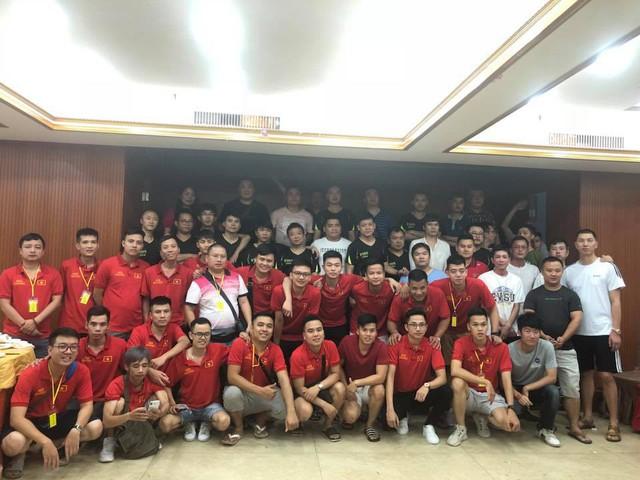 Đoàn AoE Việt Nam và Trung Quốc tại giải đấu AoE Trung - Việt 2018.