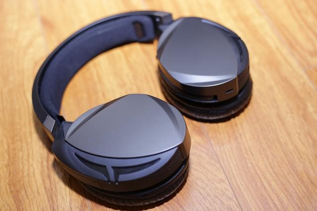 Asus ROG Strix Fusion Wireless: Tai nghe gaming đẹp, ngon, siêu tiện lợi - Ảnh 4.