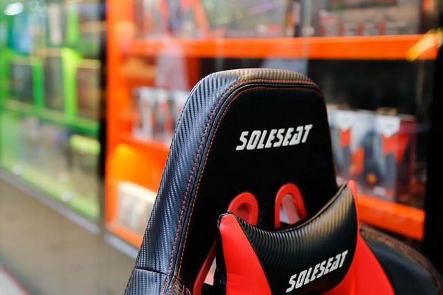 SoleSeat V6 Gaming Chair: Bỏ 6 triệu đồng mua ghế gaming như ngồi trên xe đua - Ảnh 5.