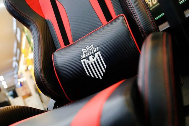 SoleSeat V6 Gaming Chair: Bỏ 6 triệu đồng mua ghế gaming như ngồi trên xe đua - Ảnh 1.