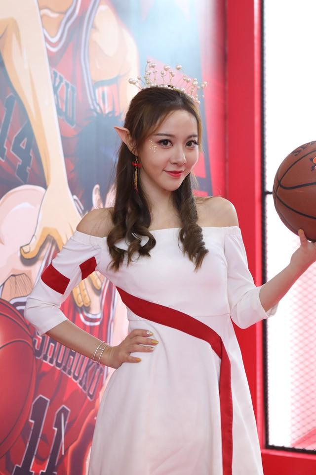 Cùng ngắm các showgirl xinh đẹp xuất hiện tại ChinaJoy 2018 vừa qua - Ảnh 8.