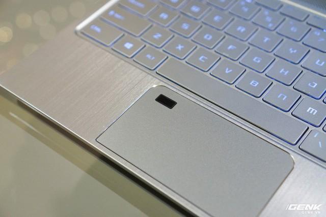 Cận cảnh laptop mỏng nhẹ Prestige PS42 đến từ MSI: chỉ 1,19 kg, pin 10 giờ, giá gần 21 triệu đồng - Ảnh 7.