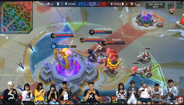 Showmatch Mobile Legends Bang Bang VNG: Team Bé Chanh giành chiến thắng thuyết phục trước đội của Viruss - Ảnh 1.