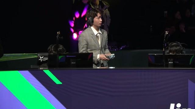 LMHT: Riot Games dính bê bối to đùng khi làm lộ chiến thuật của Jin Air trong trận đấu với SKT - Ảnh 2.
