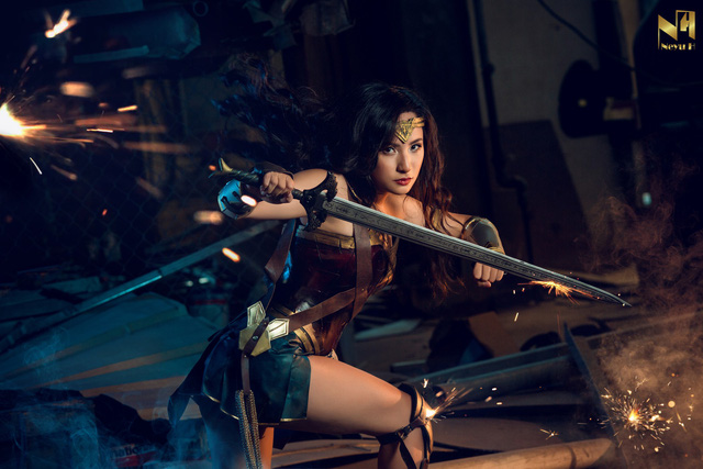 Xem loạt ảnh cosplay Wonder Woman đầy khí chất Chị Đại của coser người Việt Neyu H - Ảnh 9.