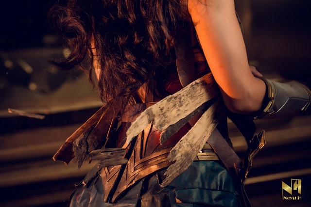 Xem loạt ảnh cosplay Wonder Woman đầy khí chất Chị Đại của coser người Việt Neyu H - Ảnh 5.