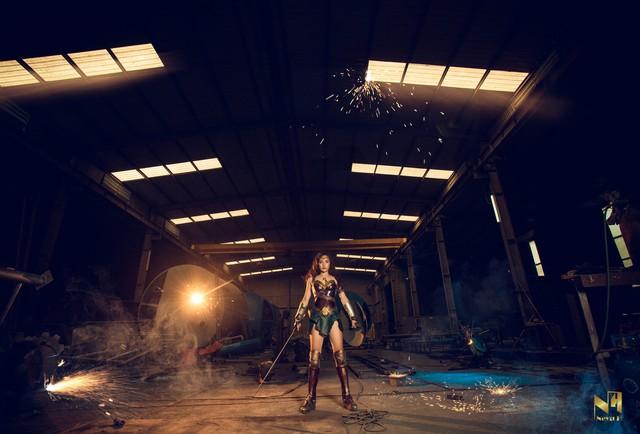 Xem loạt ảnh cosplay Wonder Woman đầy khí chất Chị Đại của coser người Việt Neyu H - Ảnh 4.