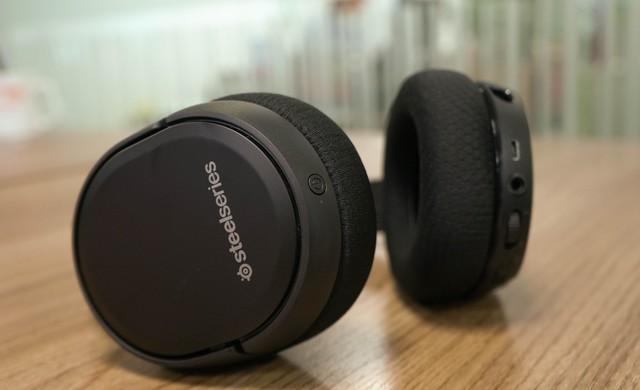 Dùng thử SteelSeries Arctis 1 Wireless: Đang chơi game muốn đi WC cũng không cần tháo tai nghe - Ảnh 10.