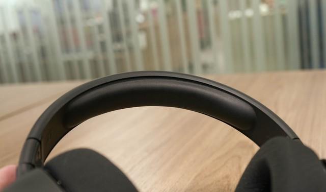 Dùng thử SteelSeries Arctis 1 Wireless: Đang chơi game muốn đi WC cũng không cần tháo tai nghe - Ảnh 7.