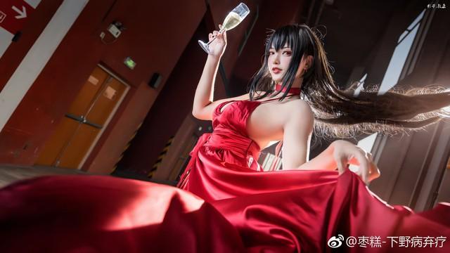 Bỏng mắt khi ngắm nàng waifu nổi tiếng trong tựa game mobile Azur Lane - Ảnh 2.