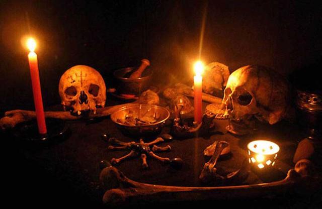 Thiên Linh Cái - nỗi ám ảnh về loại bùa ngải bậc nhất, tạo nên vụ giết người hàng loạt đáng sợ tại Việt Nam - Ảnh 1.