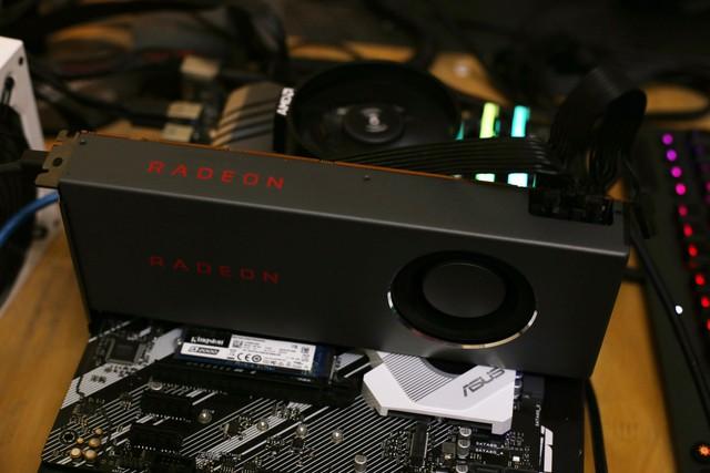 Cấu hình khoảng 25 - 30 triệu của AMD gồm Ryzen 5 3600X và Radeon 5700 thực tế chiến game liệu có ngon? - Ảnh 1.