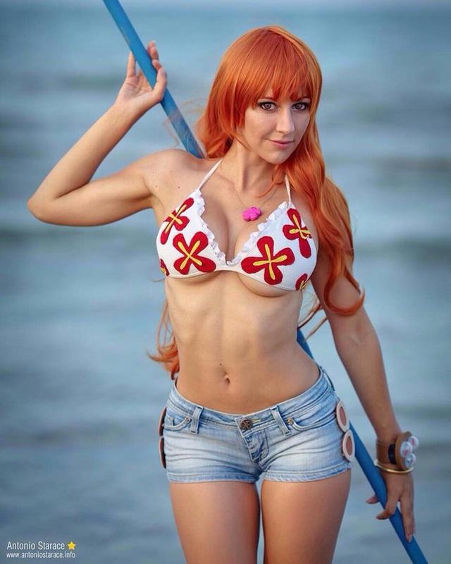 One Piece: 10 phiên bản cosplay Nami tuy nóng bỏng nhưng vẫn khiến anh em tụt cảm xúc - Ảnh 7.
