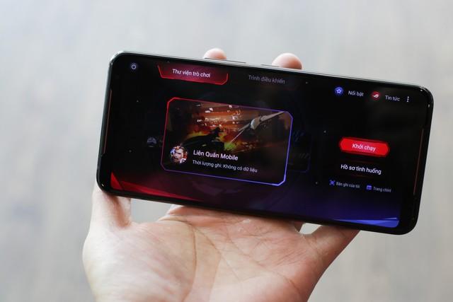 ROG Phone 2 chính hãng tại Việt Nam có giá 22 triệu đồng, gần gấp đôi hàng xách tay - Ảnh 1.
