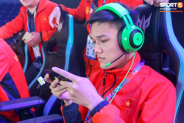 Đội tuyển quốc gia Mobile Legends: Bang Bang Việt Nam kết thúc hành trình SEA Games 30 - Xuất sắc lọt Top 4 đội mạnh nhất - Ảnh 11.