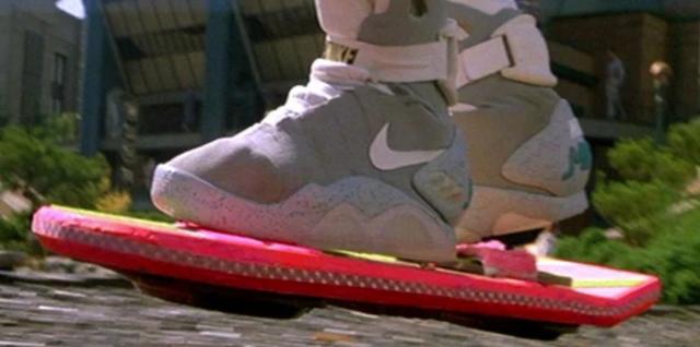 Máy xóa trí nhớ và những thiết bị 'xịn xò' nhất trong phim mà ai cũng muốn sở hữu - Ảnh 3.