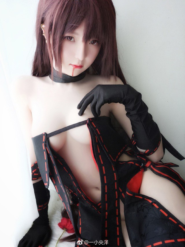 Xịt máu mũi với bộ ảnh cosplay siêu gợi cảm của nàng Ngu Cơ Hinako Akuta trong Fate/Grand Order - Ảnh 5.