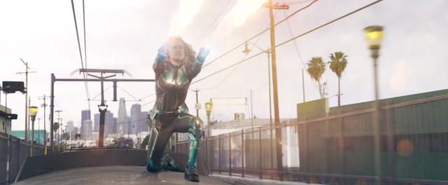 Ít người biết, Shazam! đã đá đểu Captain Marvel trong Trailer mới nhất - Ảnh 3.