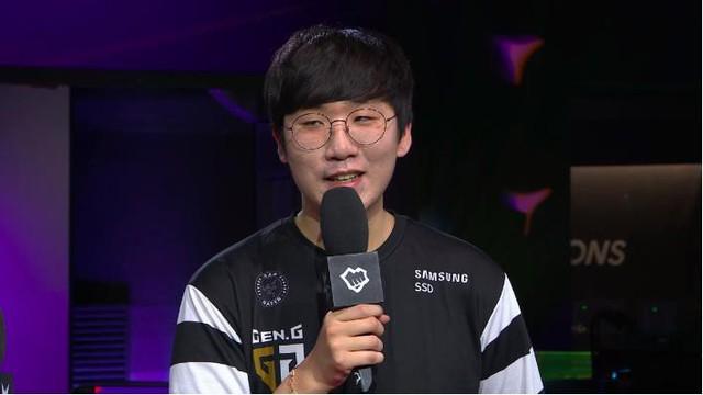 LMHT: GEN Ruler Nếu chúng tôi mắc ít sai lầm hơn, chúng tôi có thể giành chiến thắng trước các đội tuyển mạnh - Ảnh 1.