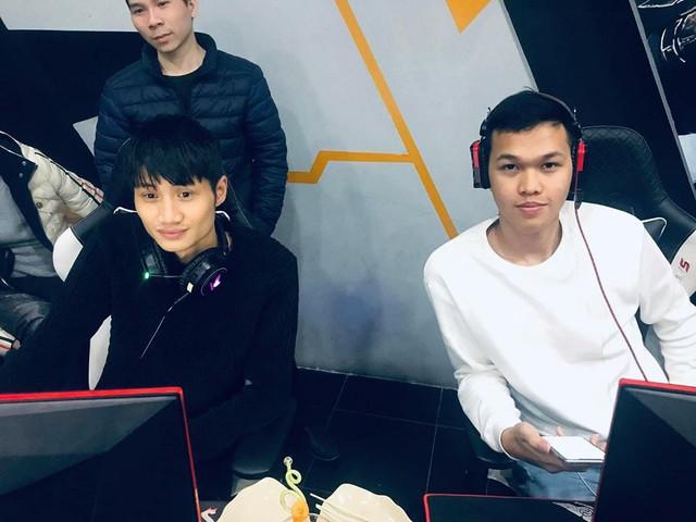 Đả bại ShenLong, Chim Sẻ Đi Nắng tiếp tục phá vỡ kỷ lục livestream Facebook Gaming với hơn 70.000 người xem cùng lúc - Ảnh 1.