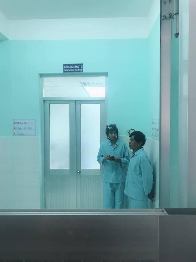LMHT: Biết tin QTV bất ngờ nhập viện nhưng fan hâm mộ thì lại cười như được mùa - Ảnh 2.