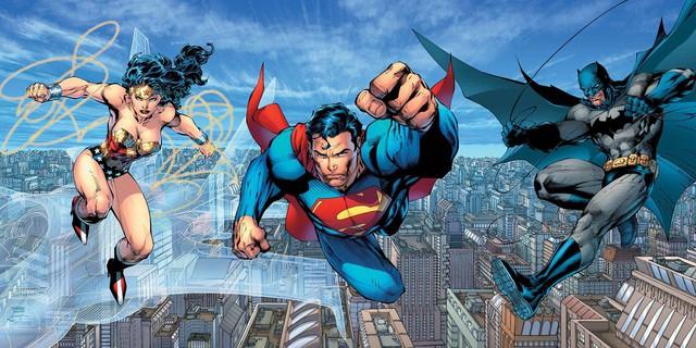 Thỏa hiệp với style giải trí đại chúng từ Aquaman đến Shazam!: Vũ trụ DC có đang tự hủy hoại mình? - Ảnh 1.