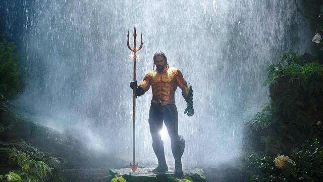 Thỏa hiệp với style giải trí đại chúng từ Aquaman đến Shazam!: Vũ trụ DC có đang tự hủy hoại mình? - Ảnh 9.