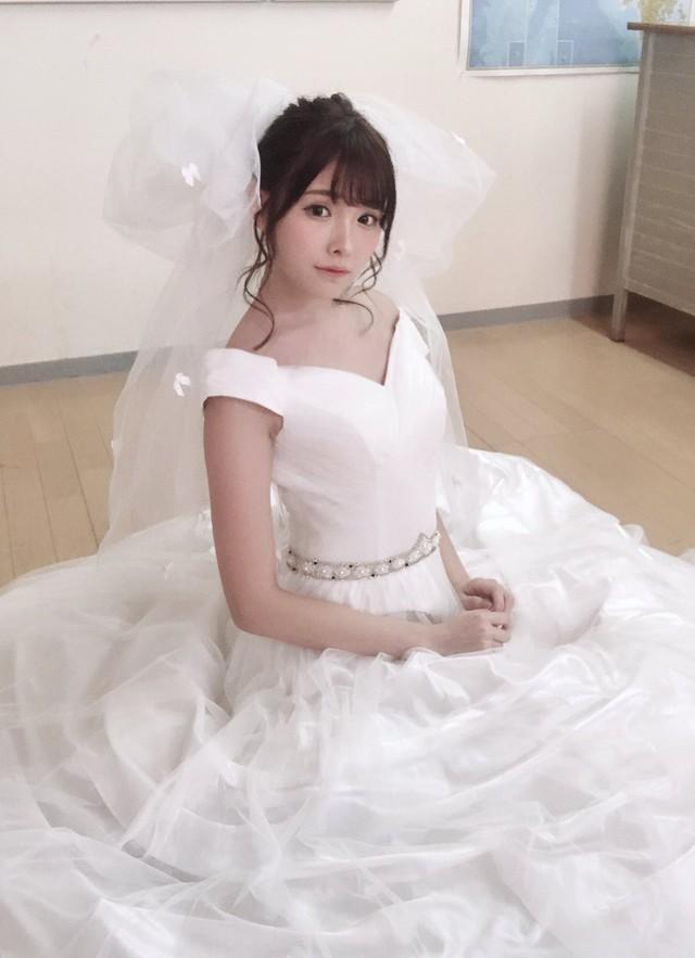 Ngắm nhan sắc ngọt ngào của Arina Hashimoto, tiểu mỹ nữ xinh đẹp nhất làng phim người lớn Nhật Bản - Ảnh 5.