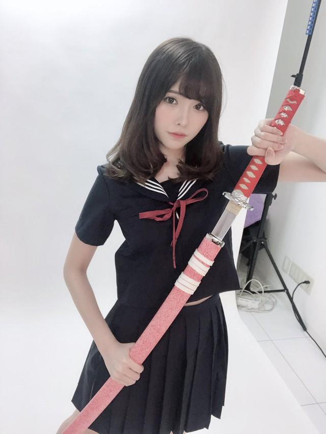 Ngắm nhan sắc ngọt ngào của Arina Hashimoto, tiểu mỹ nữ xinh đẹp nhất làng phim người lớn Nhật Bản - Ảnh 16.