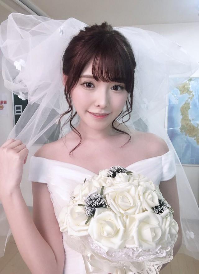 Ngắm nhan sắc ngọt ngào của Arina Hashimoto, tiểu mỹ nữ xinh đẹp nhất làng phim người lớn Nhật Bản - Ảnh 17.